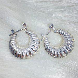 Vintage Sterling Silver Hollow Shrimp Hoop Earring
